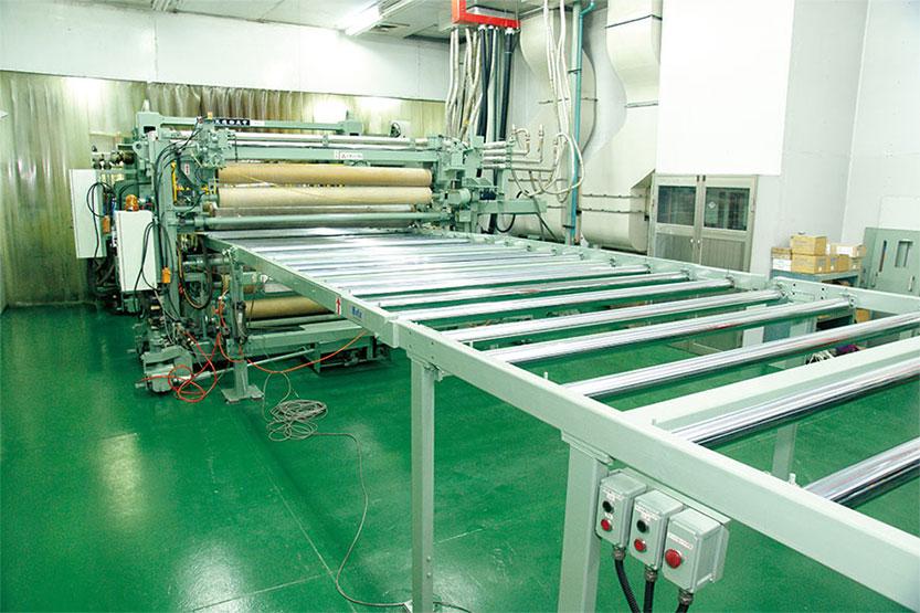 三菱&日立造船平板機台
